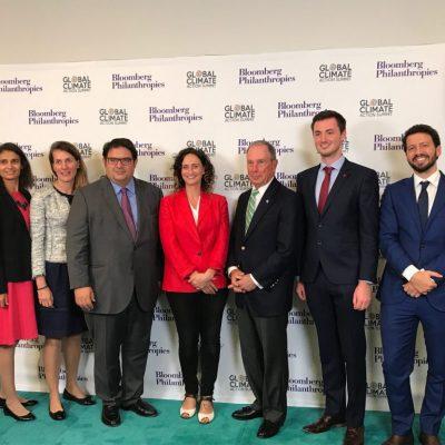 Cimera Accio Climatica - Michael Bloomberg amb Gambus i delegacio PE